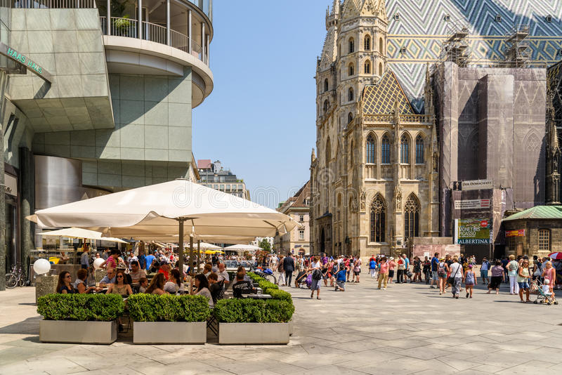 Stephansplatz-Quadrat in Wien lizenzfreie stockfotografie