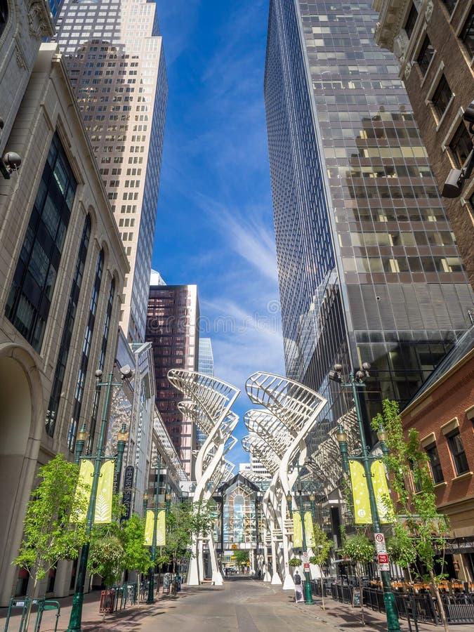Stephen Avenue Galleria-Baumskulpturen lizenzfreie stockfotografie