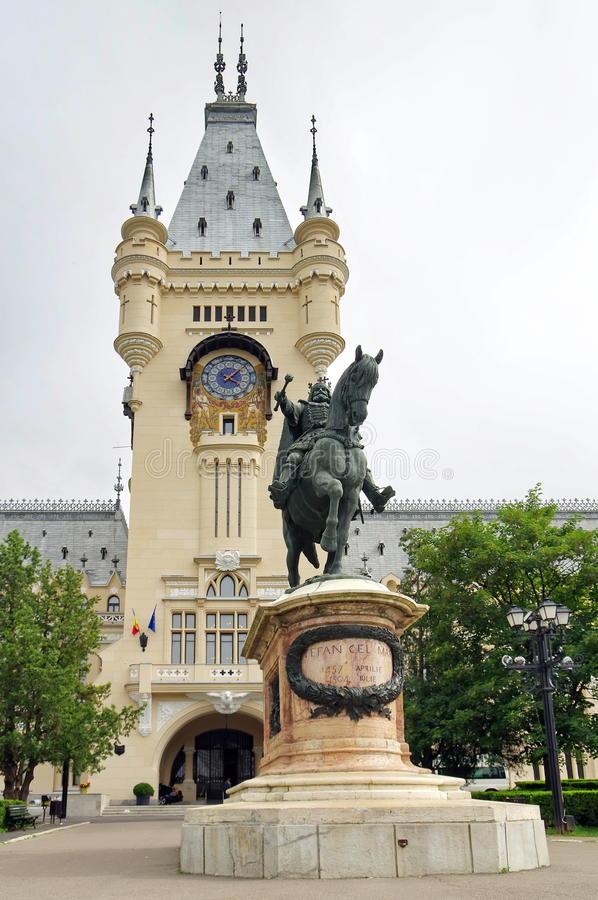 Stephen the Great Statue and Palace of Culture - landmark attraction in Iasi, Romania. Stephen the Great Statue in front of the Palace of Culture - landmark stock photos
