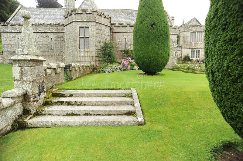 Download Steps in garden stock photo. Image of hedge, mansion - 26219508