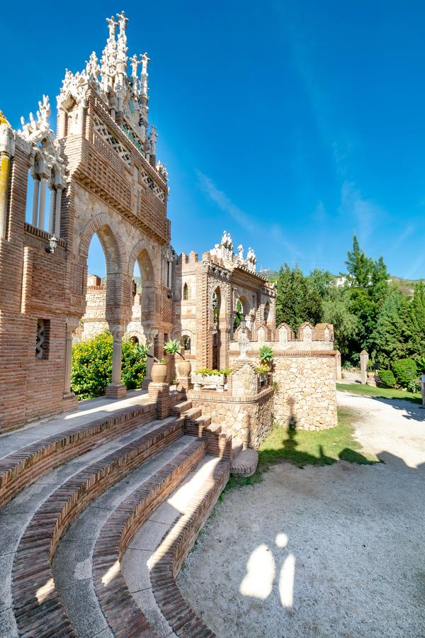 Free Steps With A Archway Background In Southern Spain Royalty Free Stock Photo - 133006645