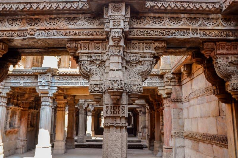 stepwell van adalaj Gujarat stock afbeelding