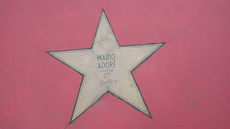 Ster van de Sterren van Mario Adorf At Boulevard der, Gang van Bekendheid in Berlijn stock afbeeldingen