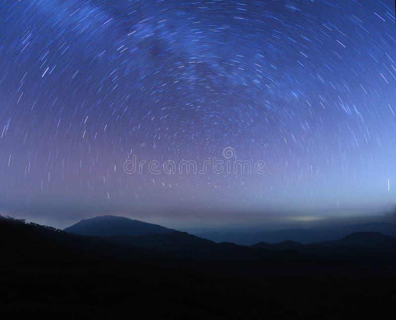 Stern auf mounatian lizenzfreie stockbilder