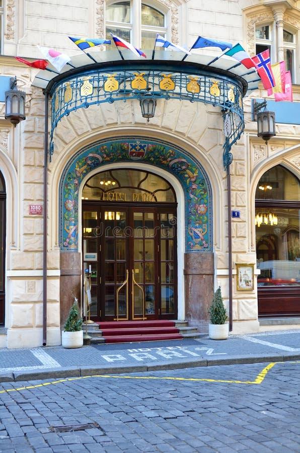 5 sterne luxus paris hoteleingang in prag stadt. Black Bedroom Furniture Sets. Home Design Ideas