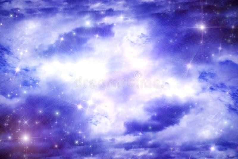 Sterne unter als Wolken lizenzfreie abbildung