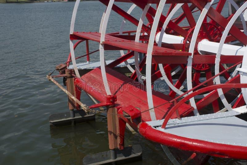 Sternhjulets paddelldetaljer royaltyfri foto