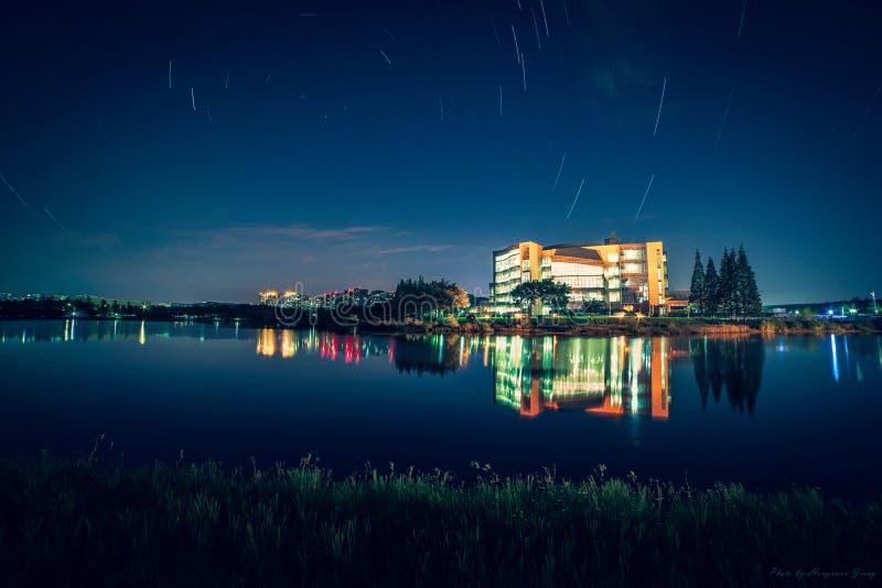 Sternspuren auf 20181017 in Sichuan-Universität lizenzfreies stockbild