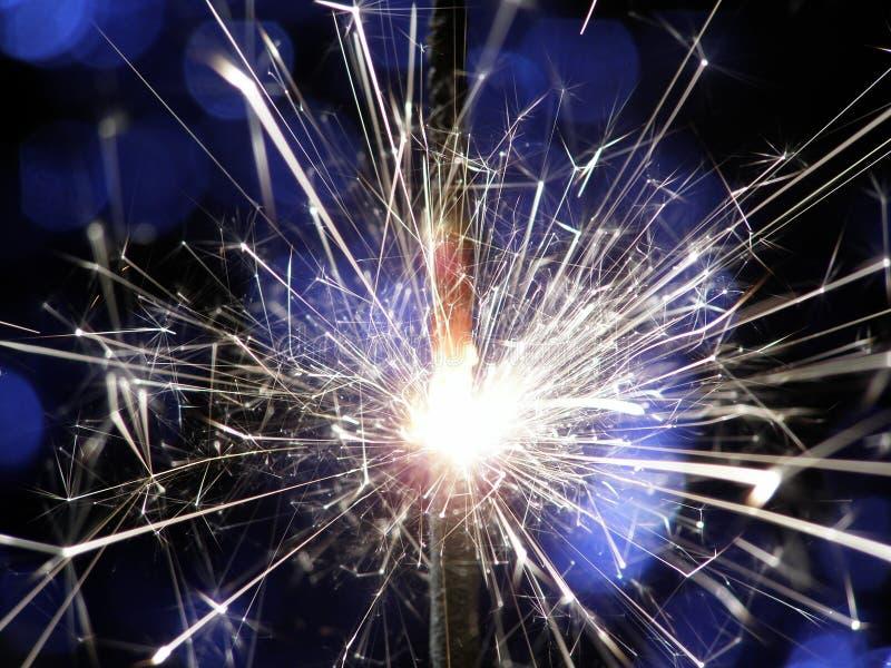 Sterretje dat vuurwerk maakt royalty-vrije stock foto's