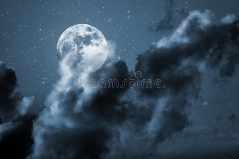 Sterrige volle maannacht stock afbeelding