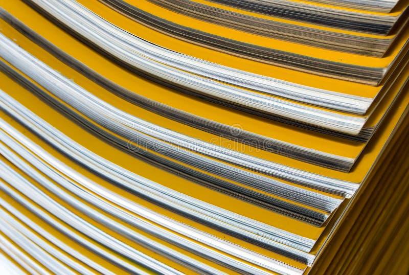 Sterta żółty miesięcznik obrazy stock