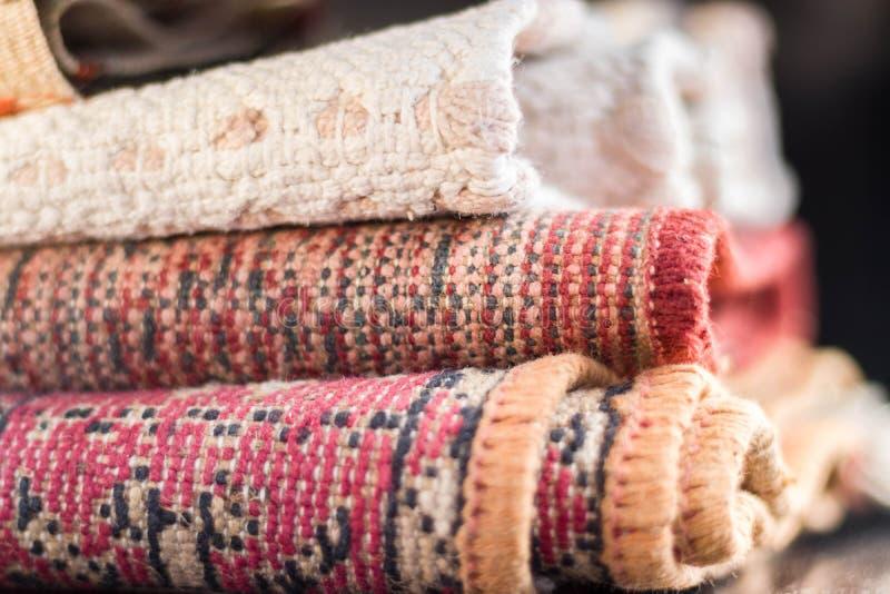 Sterta coiled podłogowy dywanowy dywanik obraz stock