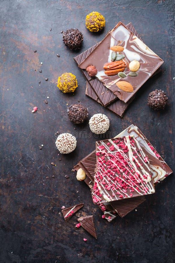 Sterta czekoladowi bary i praline trufla obrazy royalty free