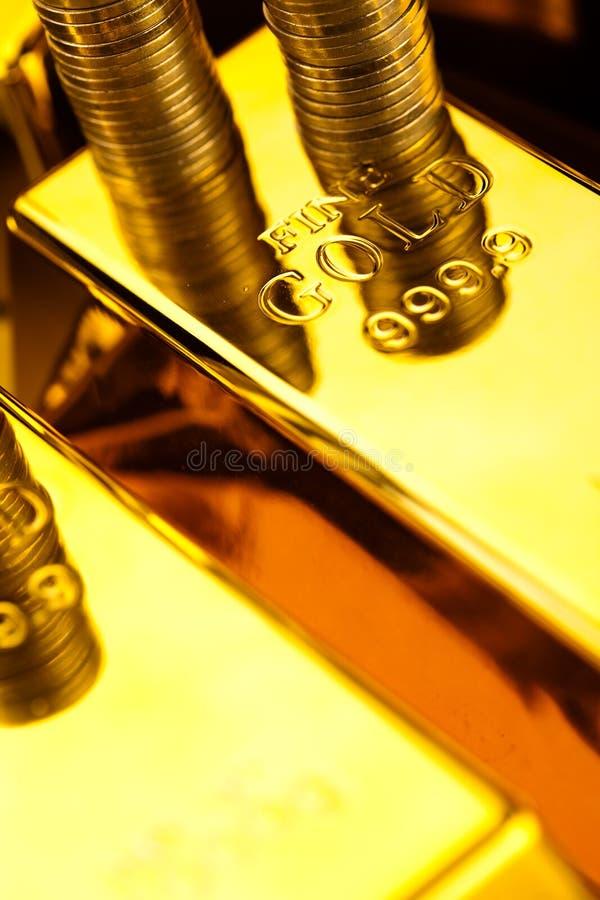 Sterta złociści bary, nastrojowy pieniężny pojęcie fotografia royalty free