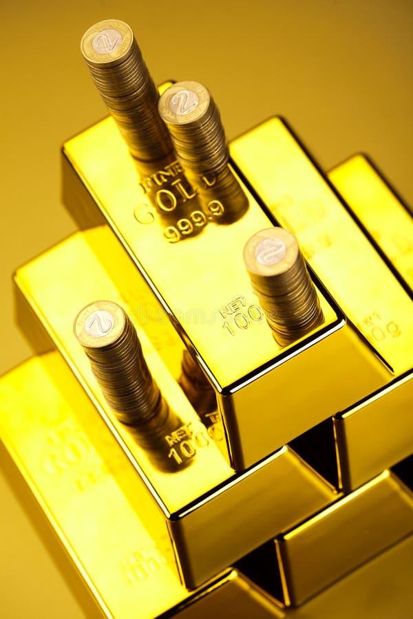 Sterta złociści bary, nastrojowy pieniężny pojęcie obraz stock
