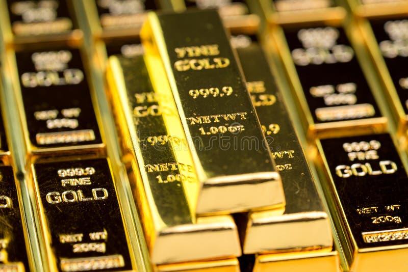 Sterta złocistego baru sztab ingot, inwestorska wartość dla kryzysu bezpieczną przystanią dla inwestycji lub rezerwa dla kraj eko obraz royalty free