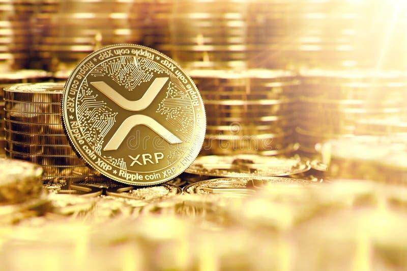 Sterta złote czochry XRP monety w rozmytym zbliżeniu z obiektywu racą jako symbol dobrobyt świadczenia 3 d ilustracji