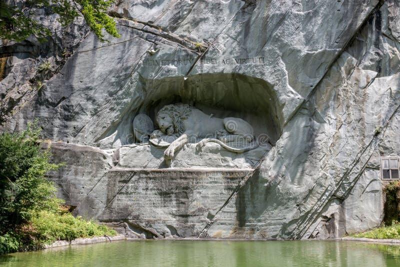 Stervende Leeuw van Luzerne-Monument, Zwitserland stock foto's