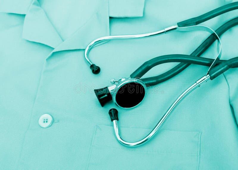Stethoscoop op Eenvormig royalty-vrije stock foto