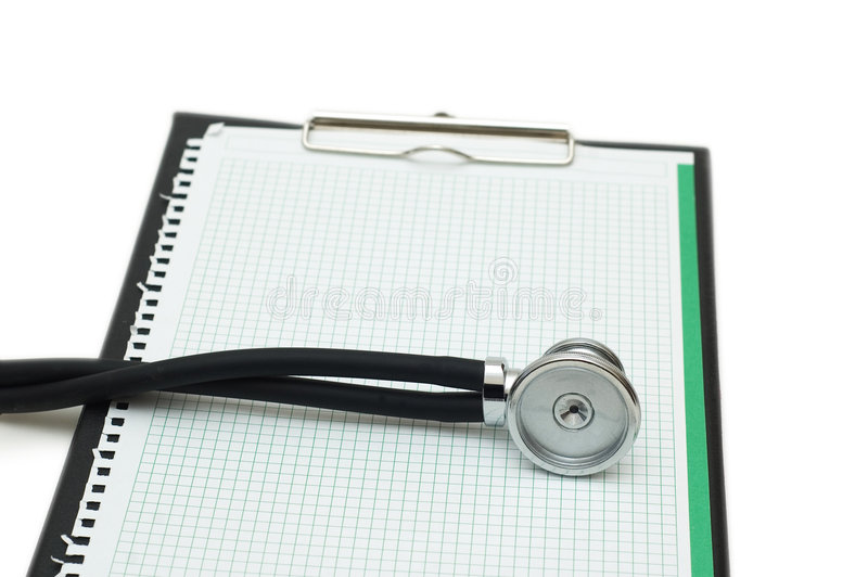 Stethoskop auf der Mappe getrennt auf Weiß lizenzfreies stockfoto