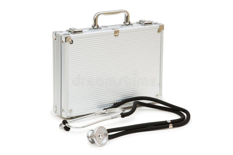 Stetoscopio e cassa isolati fotografie stock libere da diritti