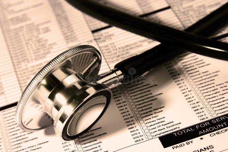 Download Stetoscopio Sopra Un Rapporto Immagine Stock - Immagine di medicina, misura: 3890013