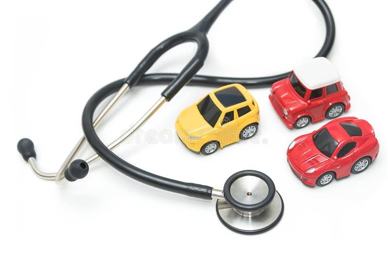 Stetoskop med bilen, underhåll och reparation arkivbilder