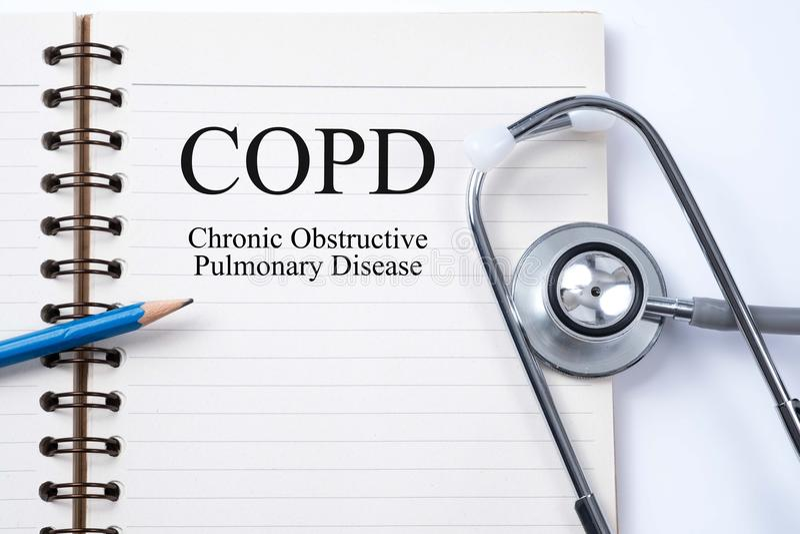 Stetoskop na notatniku i ołówku z COPD Chronicznym obstructiv fotografia stock