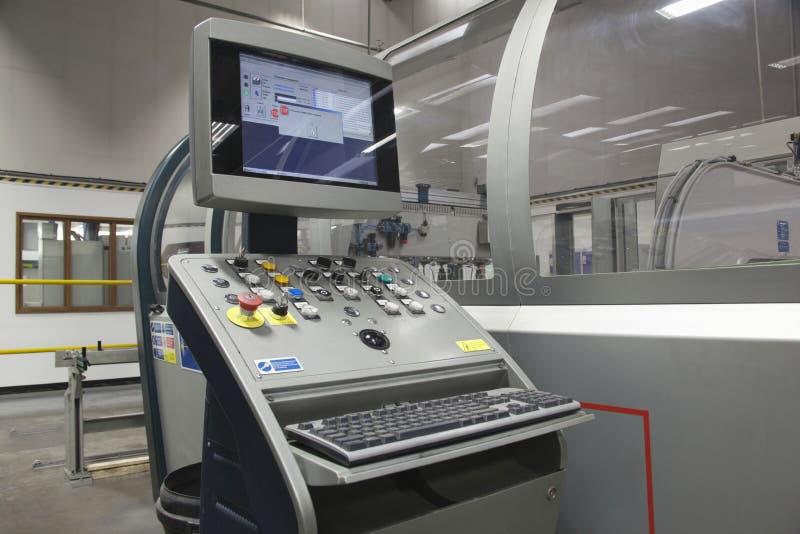 Steuergerät der faltenden Maschine stockfotografie