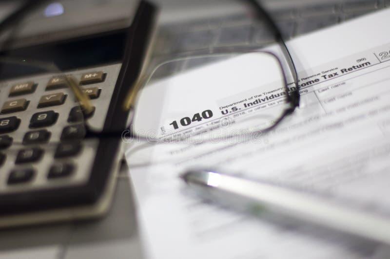 Steuerjahreszeit stockbilder