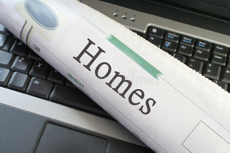 Steuert Zeitungskapitel automatisch an lizenzfreie stockfotos