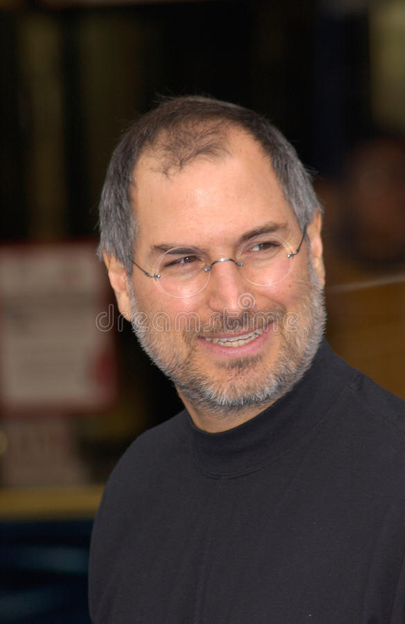Steve Jobs. CEO and founder of Apple Computers & Pixar boss, STEVE JOBS, at the world premiere of Disney/Pixar's Monsters, Inc., at the El Capitan Theatre stock images
