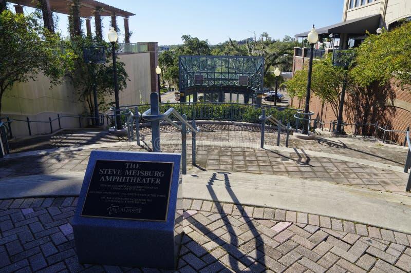 Steve Meisburg Amphitheater på den Kleman plazaen i mitt av Tallahasse på Oktober 24 royaltyfri foto