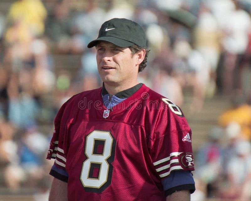 Download Steve Young Alla Sfida 2001 Del NFL QB Fotografia Stock Editoriale - Immagine di giovane, naturalizzato: 117977643