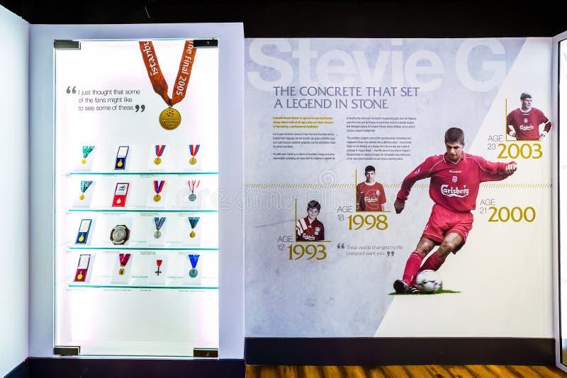Steven Gerrard Collection im LFC-Geschichtenmuseum lizenzfreie stockfotografie