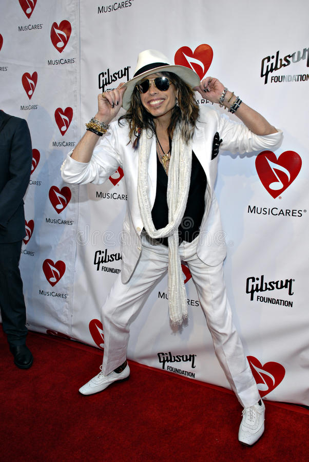 Download Steven Tyler On The Red Carpet Editorial Photo - Image: 15400251
