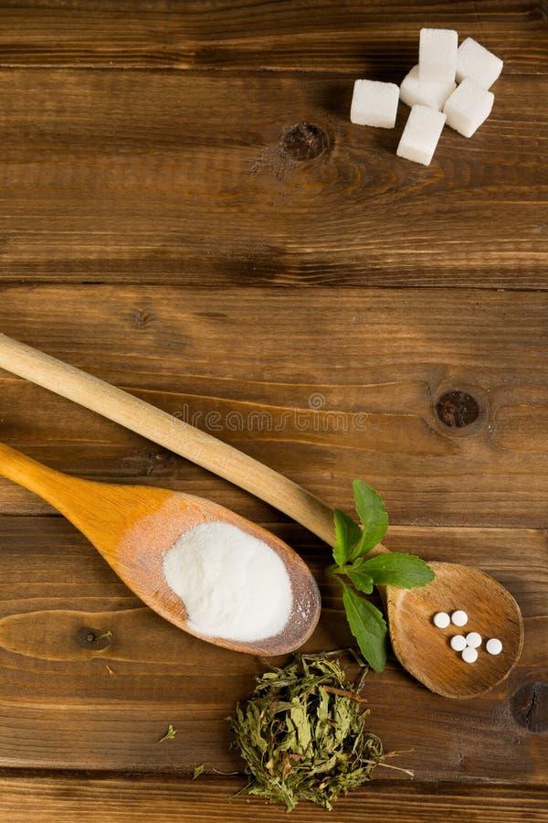 Stevia em uma tabela imagens de stock