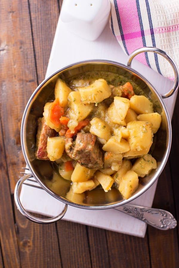 stew med meat och grönsaker royaltyfri foto
