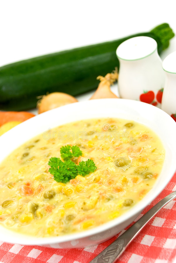 Free Stew-soup With Red Bell Pepper,green Pea,mixed Veg Royalty Free Stock Photo - 6301255
