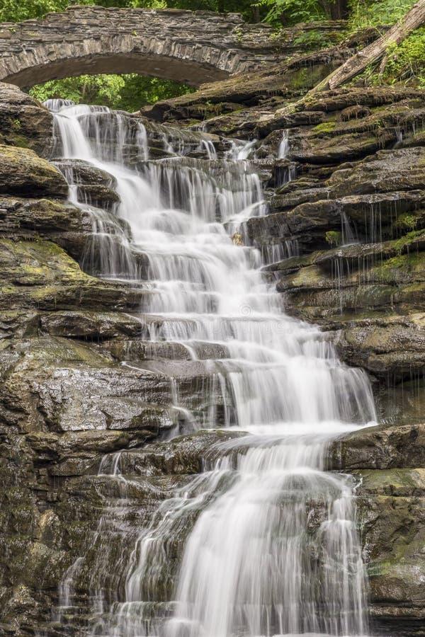 Stewart Falls in Cascadilla-Kloof royalty-vrije stock afbeelding