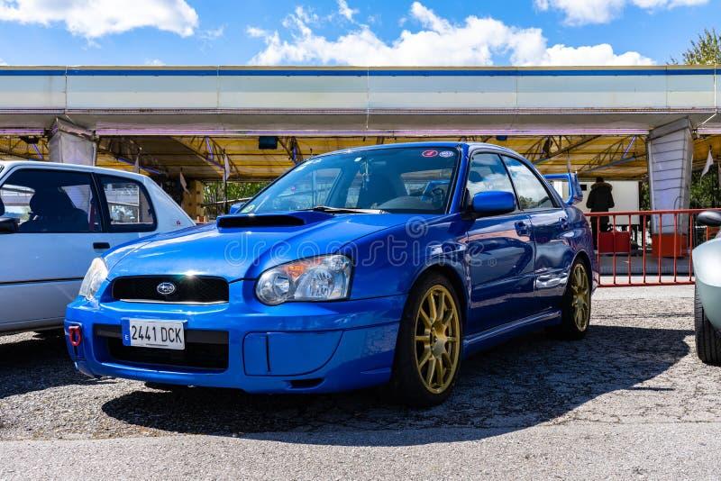 STI de Subaru Impreza WRX dans le salon automobile montjuic de circuit de Barcelone d'esprit images libres de droits