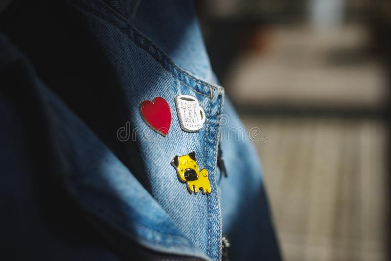 Stift- und Jeans jaket lizenzfreies stockfoto