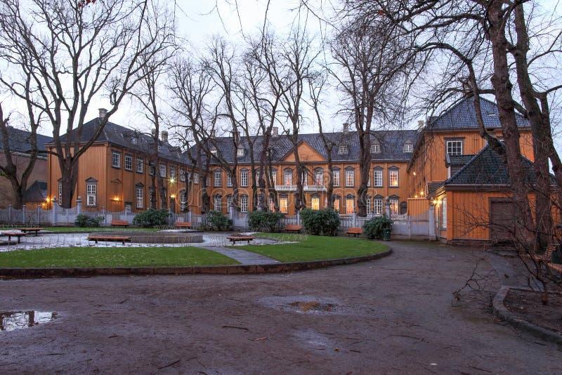 Stiftsgrden es la residencia real en Strondheim foto de archivo libre de regalías