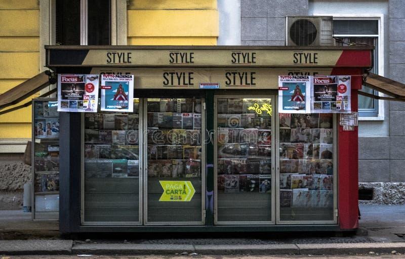 Stijl verkopend punt, kiosk stock afbeeldingen