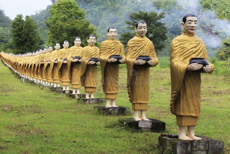 Stil för Burma för Buddhabildstaty arkivbild