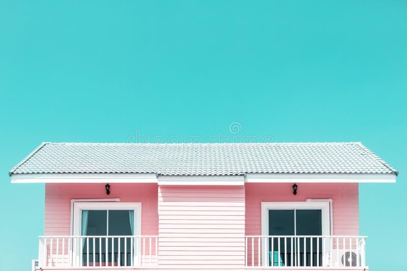Stile d'annata di tono - costruire un nuovo tetto della casa immagine stock libera da diritti