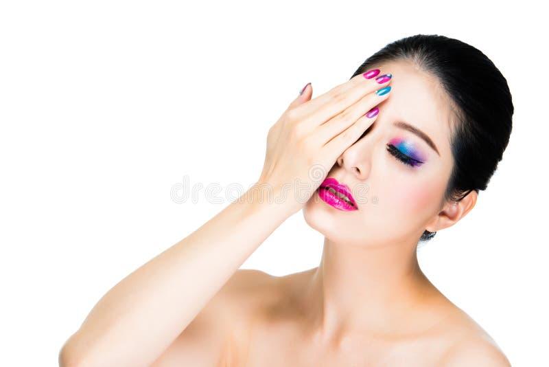 stile dell'arcobaleno occhio attraente del riparo della ragazza fotografia stock libera da diritti