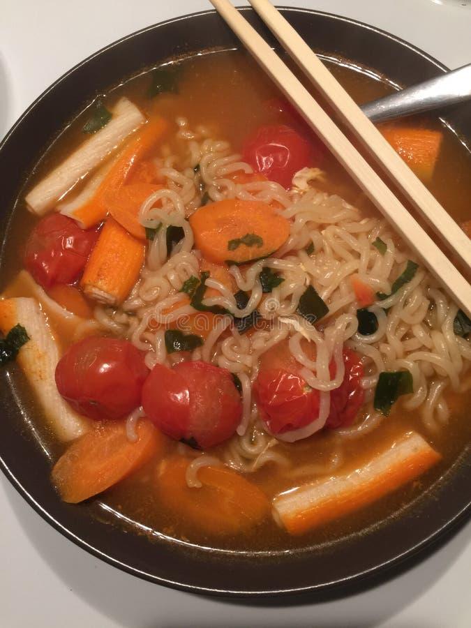 Stile della minestra di pasta tailandese fotografia stock libera da diritti