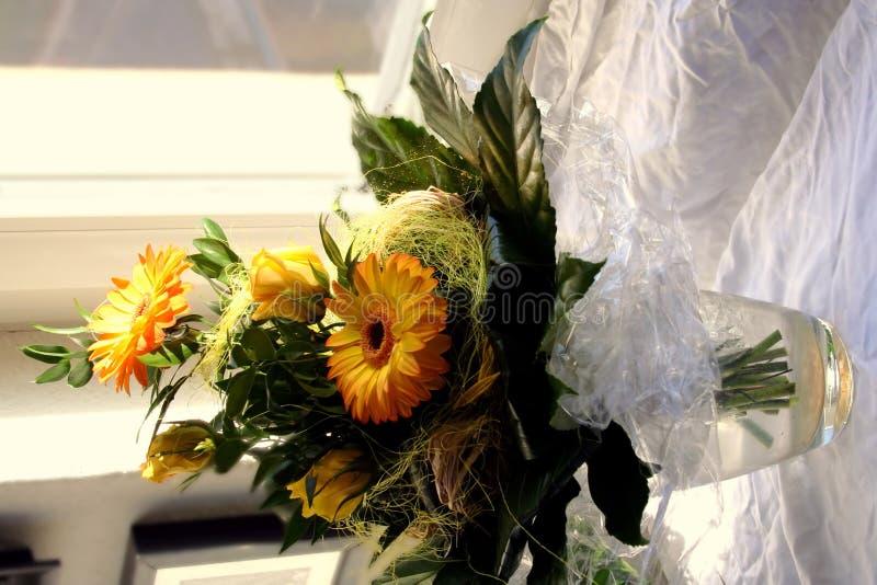 Stile di vita - interiore: fiori immagini stock