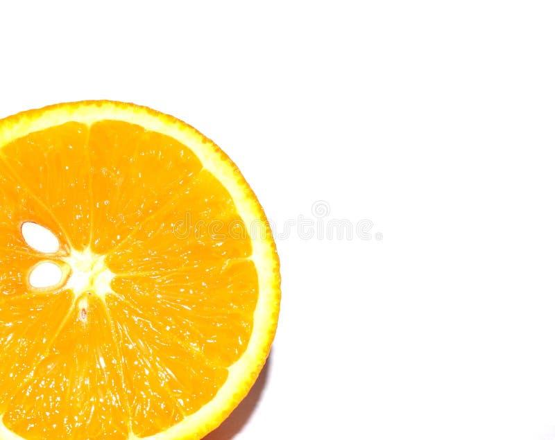 Stile di vita sano Foto di un arancio su una priorità bassa bianca Tropici, agrumi, vitamine immagine stock libera da diritti